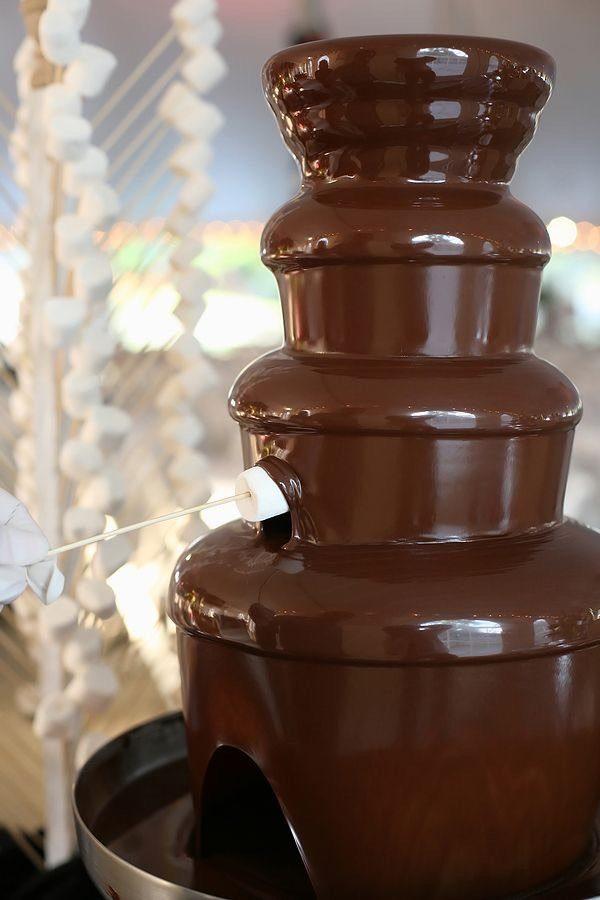Zvaigzne + Šokolādes strūklaka